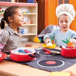 otroci-kuhajo